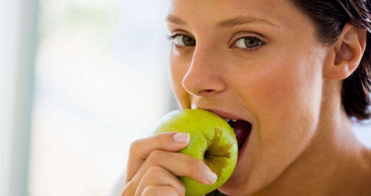 overdentures-improve-chewing